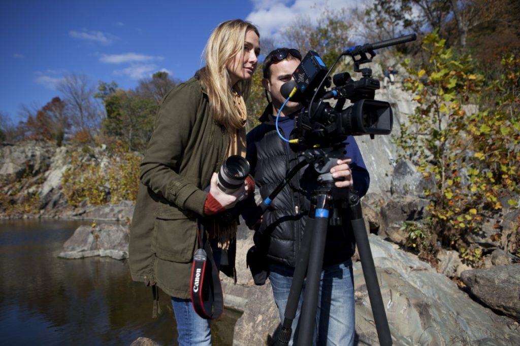 Alexandra Cousteau and Ian Kellett set up a shot on the river banks of the Potomac, at the heart of the Potomac River Gorge, near Great Falls.Alexandra Cousteau and the Expedition Blue Planet crew were in the area working on the Expedition's film on the Chesapeake Bay water system.© Blue Legacy/Oscar Durand
